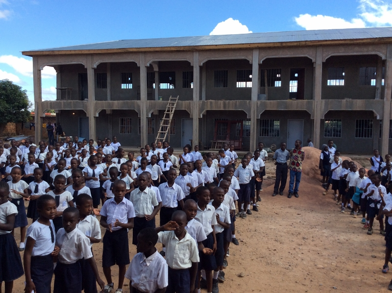 Congo School Pupils (800x598)